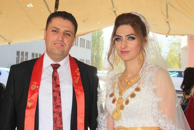 Mimar Mulamahmutoğlu'na görkemli düğün galerisi resim 22