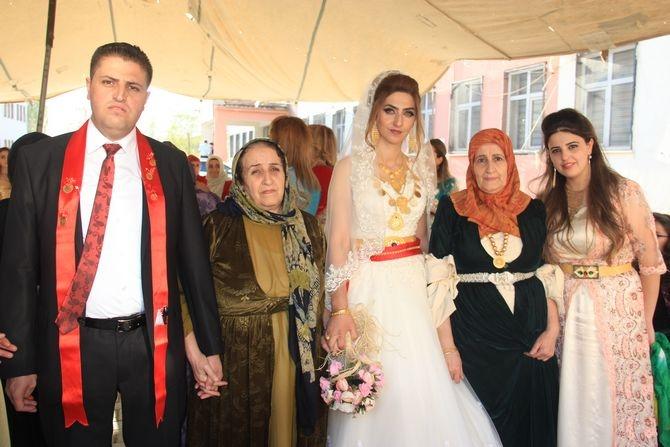 Mimar Mulamahmutoğlu'na görkemli düğün galerisi resim 23