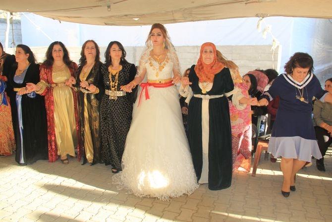 Mimar Mulamahmutoğlu'na görkemli düğün galerisi resim 24