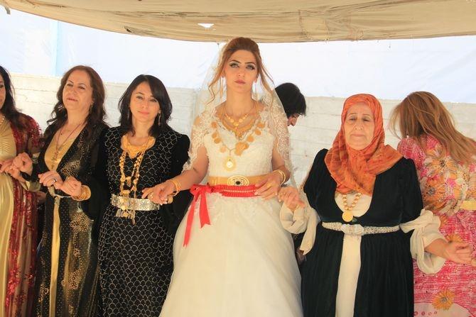 Mimar Mulamahmutoğlu'na görkemli düğün galerisi resim 25