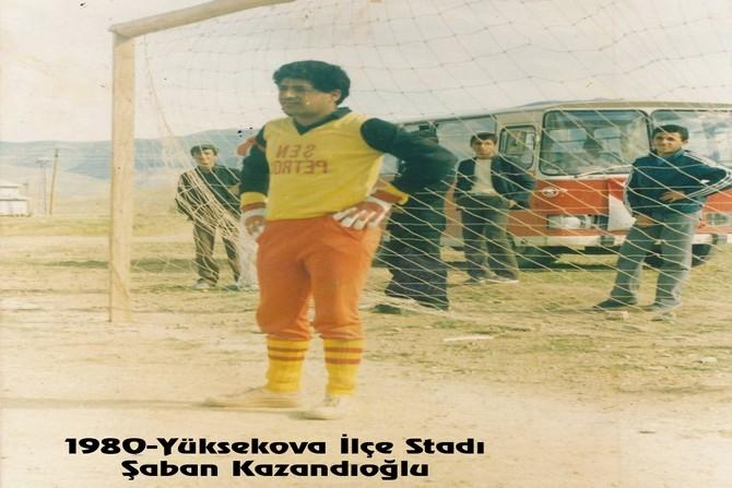 Hakkari futbolunda eski kareler galerisi resim 4
