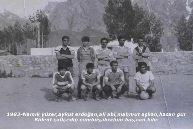 Hakkâri futbolunda eski kareler. galerisi resim 3