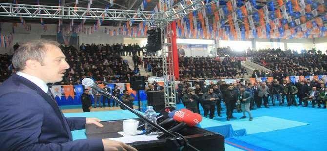 Ak Parti tanıtım toplantısına 5 bin kişi katıldı