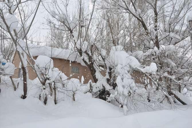 Yüksekova'da kar manzaraları galerisi resim 1