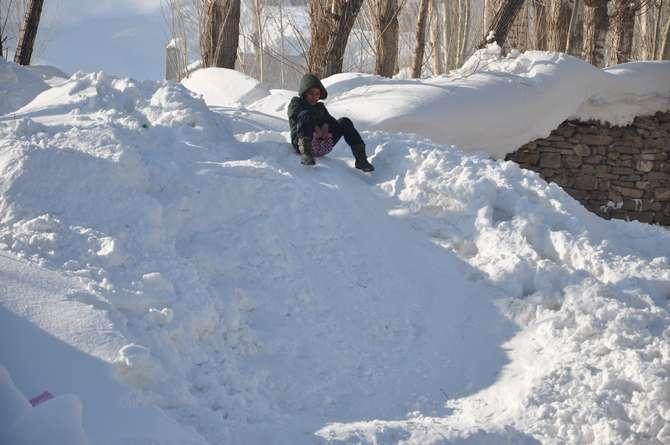 Yüksekova'da kar manzaraları galerisi resim 3