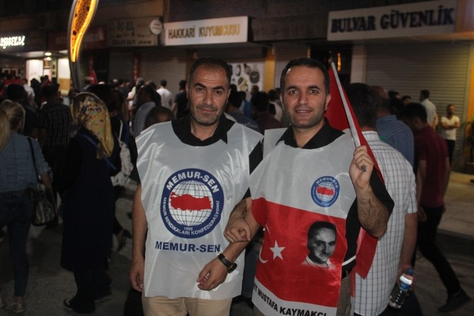 Hakkari'de Milli Birlik ve Demokrasi yürüyüşü galerisi resim 15