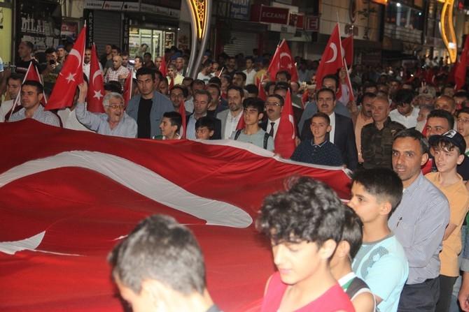 Hakkari'de Milli Birlik ve Demokrasi yürüyüşü galerisi resim 4