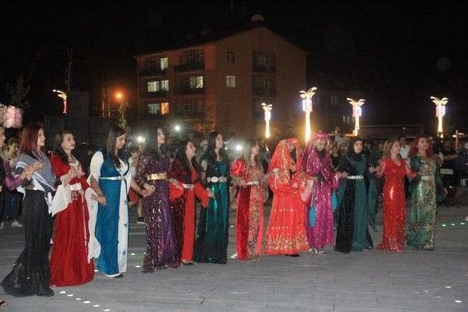 Ankaralı kadınlar Hakkari'ye renk kattı galerisi resim 21