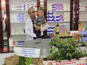 Hakkari'de Vural Eczanesi Hizmete Açıldı