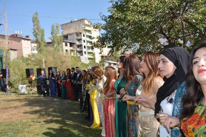 Başaran ve Özbek ailesinin mutlu günü galerisi resim 1