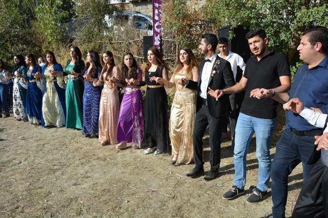 Başaran ve Özbek ailesinin mutlu günü galerisi resim 2