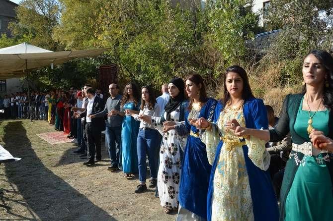 Başaran ve Özbek ailesinin mutlu günü galerisi resim 22