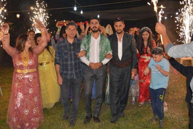 Başaran ve Özbek ailesinin mutlu günü galerisi resim 24