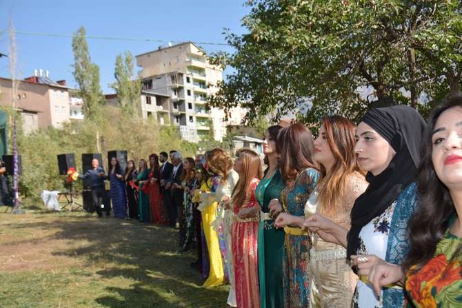 Başaran ve Özbek ailesinin mutlu günü galerisi resim 3