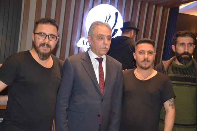 Vali Toprak, türkülerle Hakkari'den ayrıldı galerisi resim 24