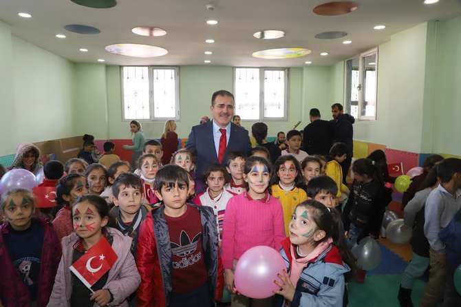 Vali Abıyık'tan çocuk oyun merkezine ziyaret galerisi resim 4
