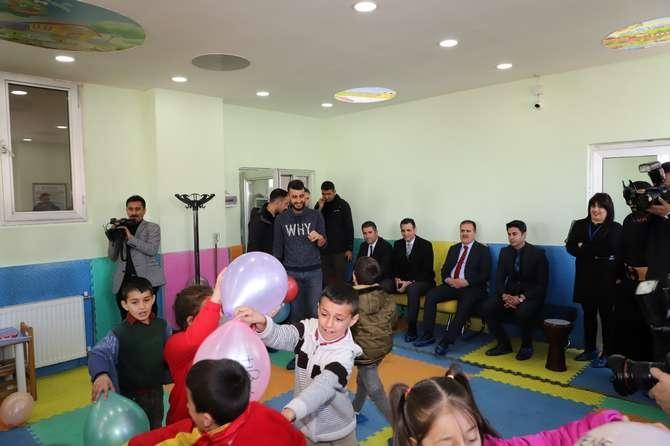 Vali Abıyık'tan çocuk oyun merkezine ziyaret galerisi resim 6