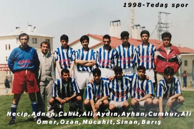 Hakkari futbolundan eski kareler(1) galerisi resim 15