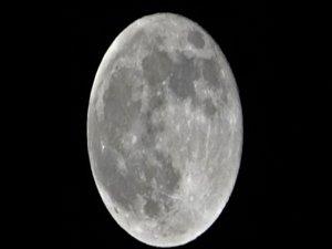 Van'da yılın ilk 'Süper Ay'ı kartpostallık görüntüler oluşturd