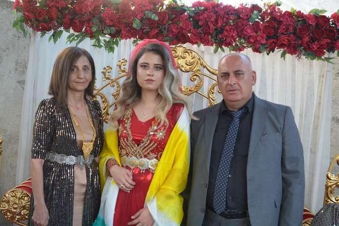 Akın ailesinin mutlu günü galerisi resim 4