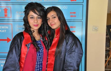 Kız meslek lisesi mezuniyet töreni galerisi resim 1