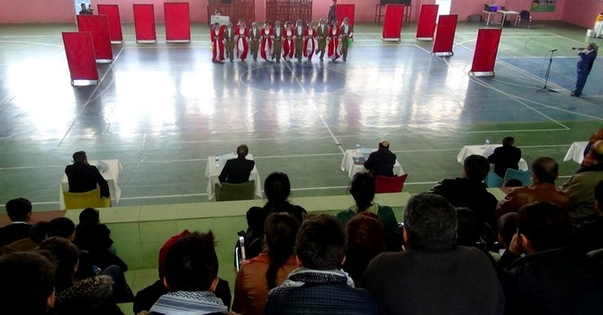 Hakkari'de halk oyunları yarışması galerisi resim 2
