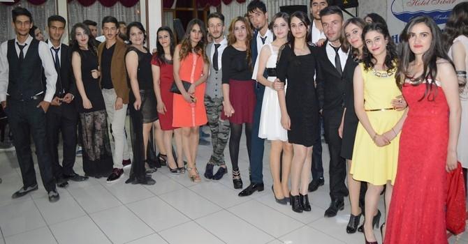 Sümbül Anadolu Lisesi mezuniyet gecesi galerisi resim 31