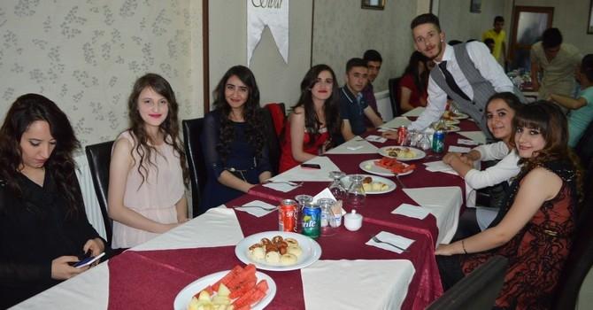 Sümbül Anadolu Lisesi mezuniyet gecesi galerisi resim 4