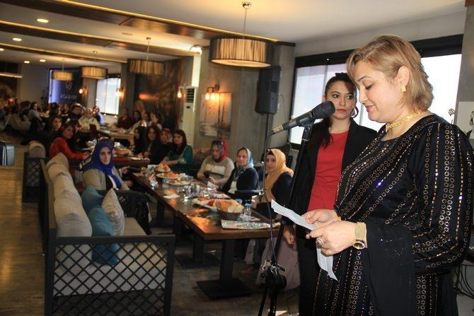 Hakkari'de Halaylı 8 Mart kutlaması galerisi resim 10