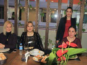 Hakkari'de Halaylı 8 Mart kutlaması