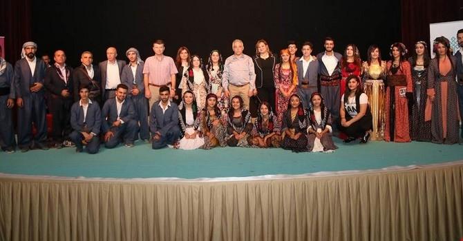 Bir tutam kültür tiyatro oyunu galerisi resim 19