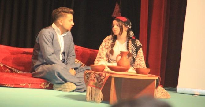 Bir tutam kültür tiyatro oyunu galerisi resim 6
