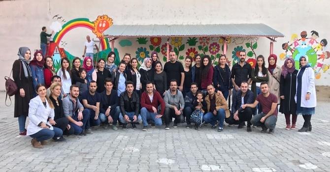 Cumhuriyet'in öğretmenleri okul renklendirdi galerisi resim 7