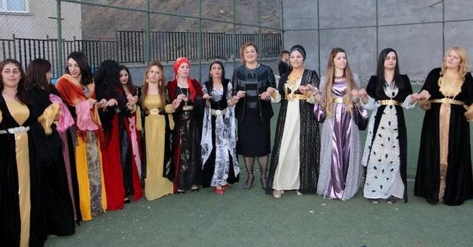 Vali Toprak vatandaşların düğün törenine katıldı! galerisi resim 8