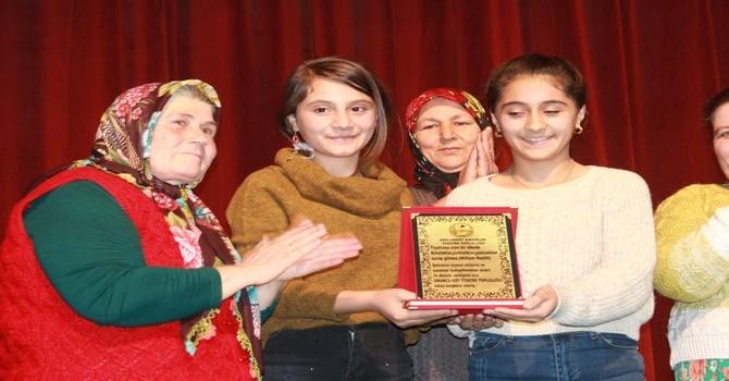 Arslanköy kadın tiyatro topluluğu galerisi resim 14