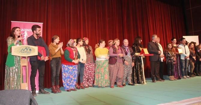 Arslanköy kadın tiyatro topluluğu galerisi resim 16