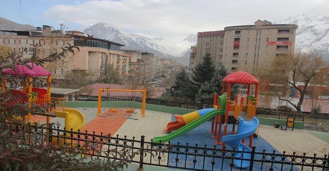 Valilik çocuk parkı yenilendi galerisi resim 5