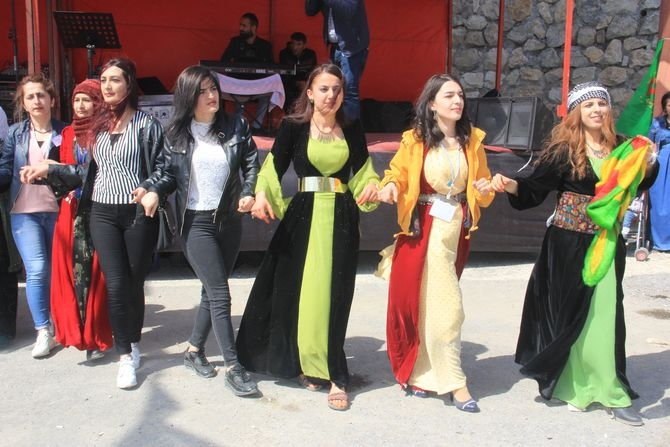 Hakkari 2018 Newroz coşkusu galerisi resim 1