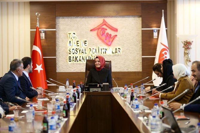 Ak Parti heyeti Ankara'dan ziyaretlerde bulundu galerisi resim 1