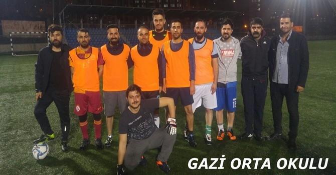 Öğretmenler arası futbol turnuvası galerisi resim 1