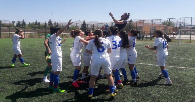 Hakkari kadın takımı 1.Ligde galerisi resim 1