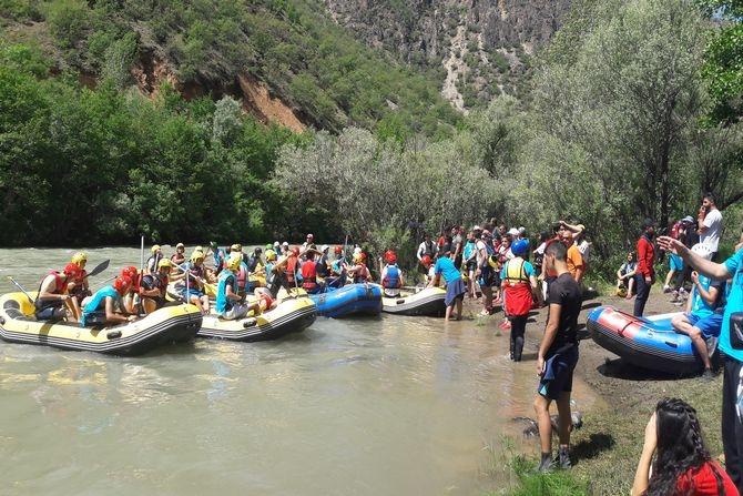 Hakkari rafting'de Türkiye üçüncüsü galerisi resim 3