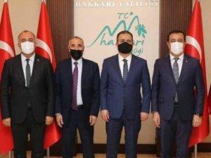 Kanaat Önderi Adıyaman'dan Vali Akbıyık'a ziyaret