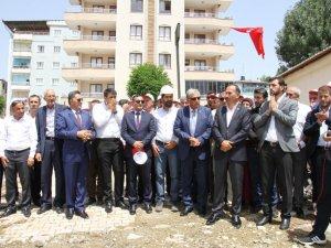 Şemdinli Belediyesi hizmet binasının temeli atıldı