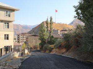 Halife Devriş Mahallesi yolu asfaltlandı