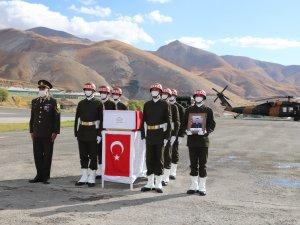 Hakkari'de şehit Eser için tören düzenlendi