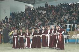 HAKKARİ/DE HALK OYUNLARI YARIŞMASI