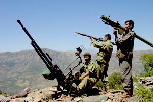 ÇUKURCA`DA 3 PKK`Lİ YAŞAMINI YİTİRDİ