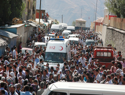 Hakkari'de cenaze töreninde olaylar çıktı.
