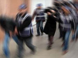 Çukurca'da 5 kişi gözaltına alındı!